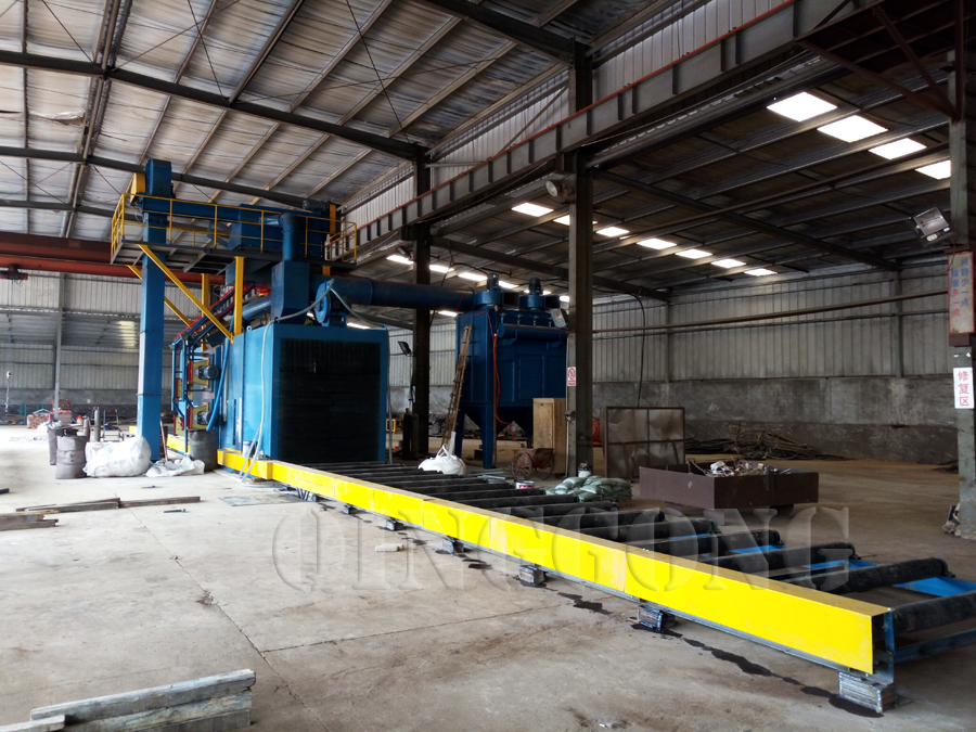 welding roller conveyor shot blasting machine 4.jpg